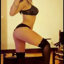 Rus escort Lera otel odalarınızda